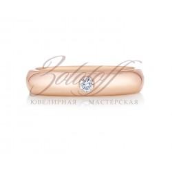 Классические обручальные кольца с камнем