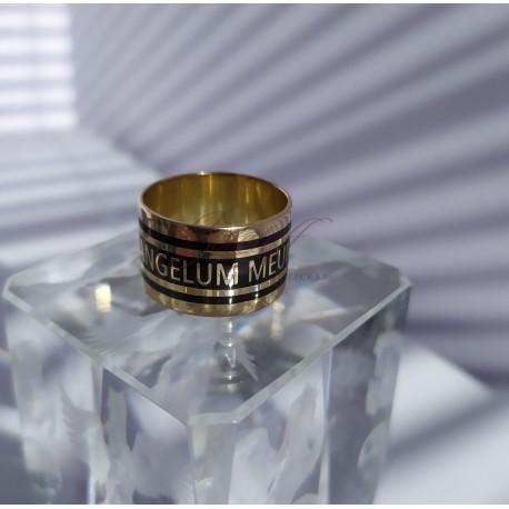 Эксклюзивное золотое кольцо.